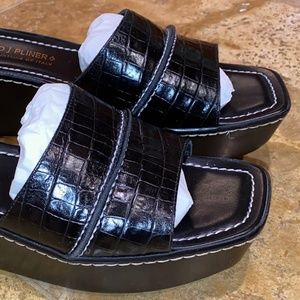 Donald PlinerNEW Wms Blk CrocWedge 9N Italy